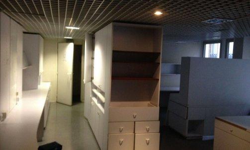 Avant Réaménagement dans un ancien laboratoire d'analyse médicale rue de la Liberté  Saint-Égrève